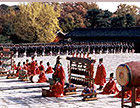 Royal ancestral ritual in the Jongmyo shrine and its music (2001) 이미지