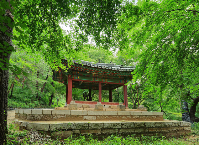 The Gwandeokjeong Pavilion